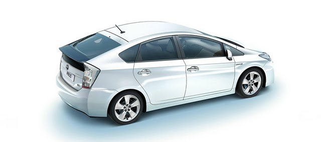 Toyota Prius Hibrit Özellikleri Fiyatı- Elektrikli Otomobil Fiyatı