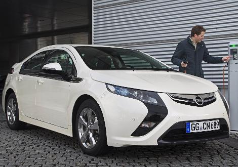 Elektrikli Opel Ampera'nın satış fiyatı 42.900 Euro, batarya kirası yok