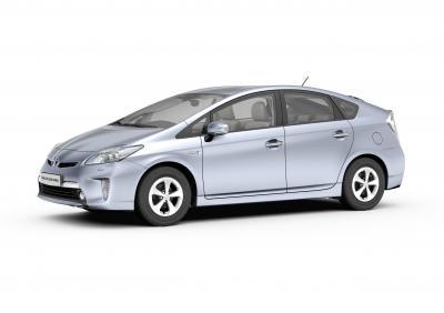 Toyota'nın şarj edilebilen ilk elektrikli hibrid otomobili Frankfurt'ta sahne alıyor