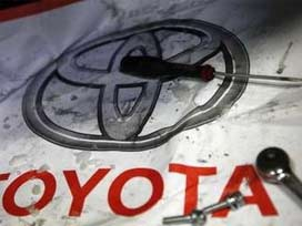 Toyota, Elektrikli Arabalara Veda Ediyor