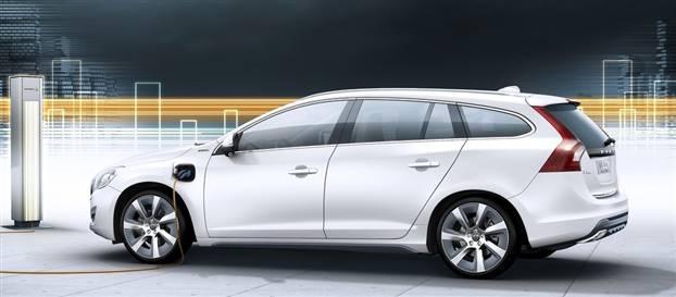 Dizel hibrit Volvo ile 100 km'de 1.9 litre