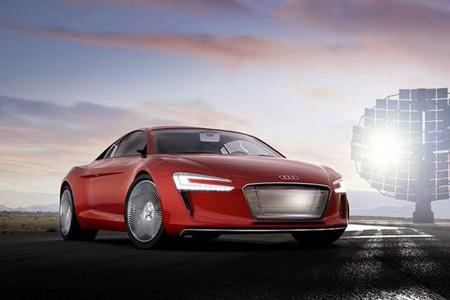 Audi'ye Çakma Motor Sesi