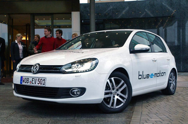 Volkswagen'ın elektrikli otomobili piyasaya çıkıyor