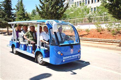 Üniversitenin Araç Filosuna Elektrikli Minibüs Eklendi