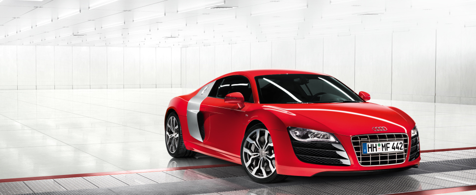 Elektrikli Audi R8 e-tron hız rekoru kırdı