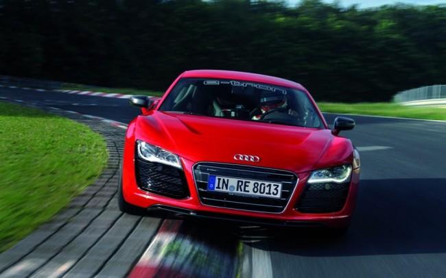Audi R8'in elektrikli bir konseptini tanıttı