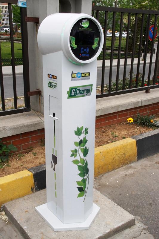 İSPARK otoparklarını elektrikli araç şarj istasyonları ile donatıyor