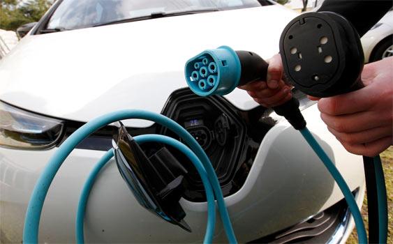 5 ayda 25 elektrikli otomobil satıldı