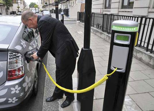 Tüm benzinli ve dizel araçları yollardan kaldıracak.