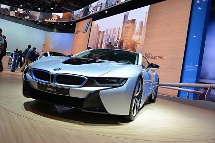 BMW, Elektrikli Spor Otomobili BMW i8'i Frankfurt'ta Tanıttı