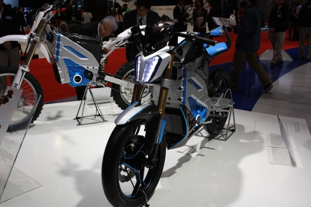 Elektrikli Yamaha PES1, 2016'da Yollarda