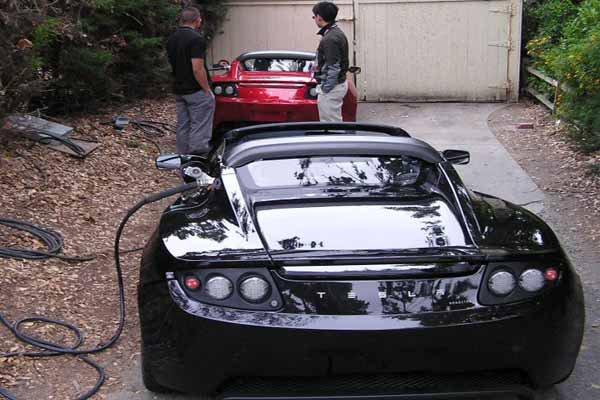 İşte Tesla'nın yeni elektrikli arabası