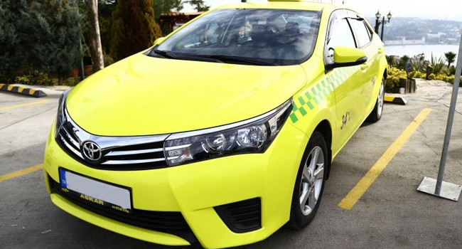 İlk elektrikli taksi yollarda!