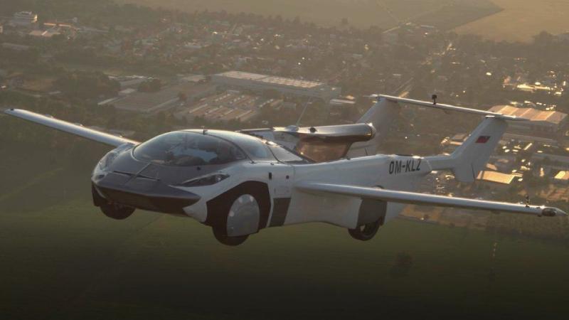'Uçan araba' AirCar 35 dakikalık test uçuşunu başarıyla tamamladı